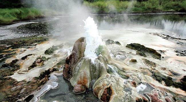 Kanangorok Hot Springs